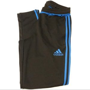 Adidas Climacool jogger/soccer pants medium
